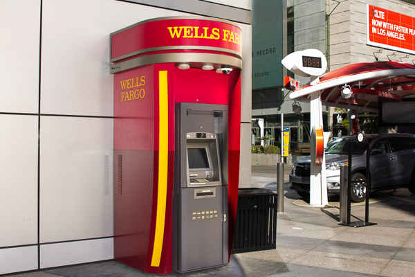 150114_Wells_Fargo_ATMs_IMG_9422.jpg